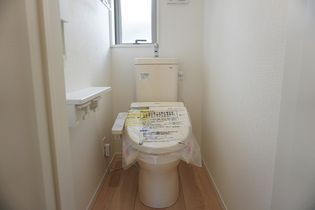 1階2階の2ヶ所にトイレがあるので、忙しい朝にもゆとりができますね。