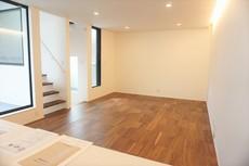 お気に入りの家具で自分好みの空間を作り上げましょう^^