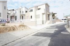 統一された建物外観により一体感を作り出し、街並みとしての資産価値を高めます^^