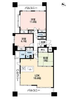 LDKと和室を合わせると23帖の大空間となります。3面バルコニーで日当たりもとてもいい物件です。内覧も出来ますのでお気軽にお問い合わせください。