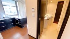 洗面所とキッチンがウォークスルーになっているので家事動線に優れた設計になっています。