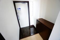 玄関はダブルロックキ-でセキュリティーも安心です。
