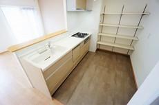 機能性収納性に溢れるキッチン。毎日楽しくお料理が出来そうです。