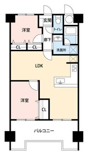 L字のキッチンが魅力的な2LDK。全居室に大型クローゼットがあり、ゆとりのある暮らしが実現^^お気に入りの家具とインテリアで素敵な部屋を作りましょう。