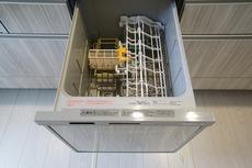 同仕様写真。食器を洗う手間が減るので家族とのコミュニケーションの時間や自分の時間が増えます。