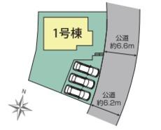 前面道路は約6mでゆったり、駐車もらくらくです。並列で3台駐車出来ます。